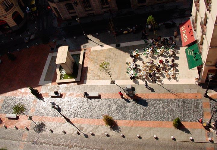 Urb. calle Huertas-Las Letras 1