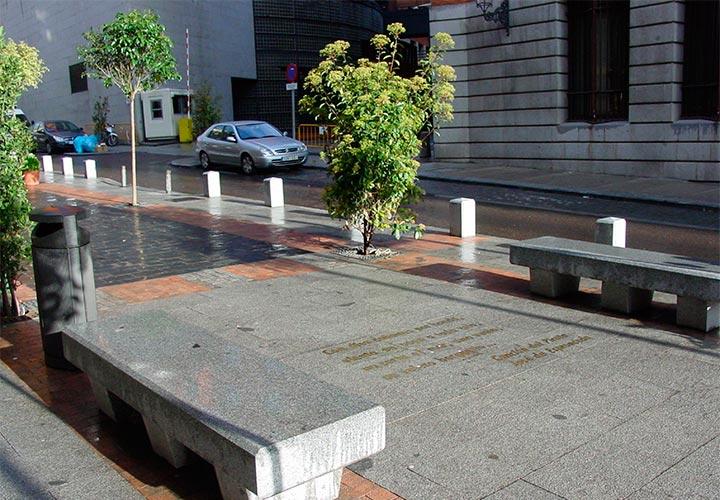 Urb. calle Huertas-Las Letras 4